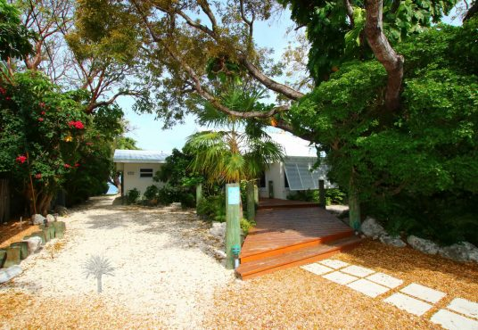 welcome to osprey bay vacation rental located on the bay in islmorada florida keys