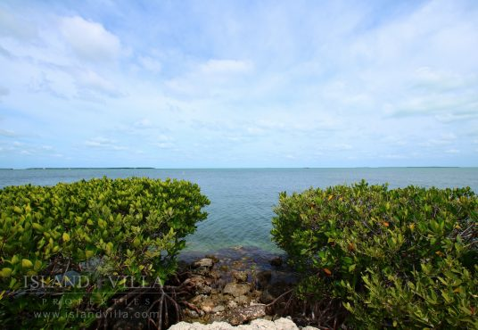 view of florida bay and the many mangrove islands