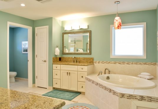 large master suite bathroom with Jacuzzi tub
