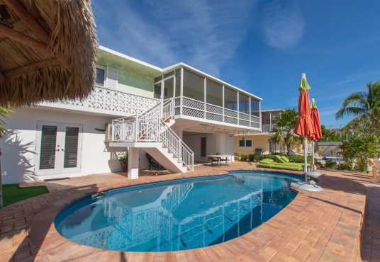 florida keys vacation rental home with pool