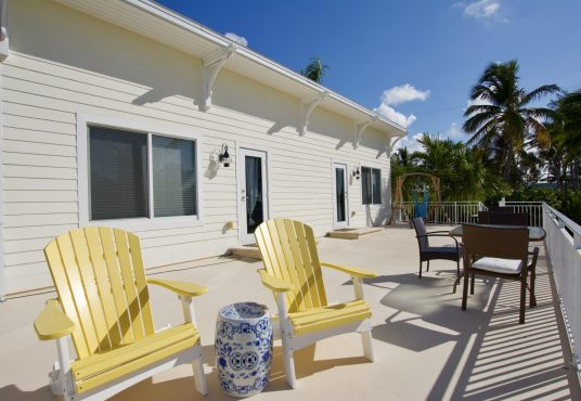 ocean view second floor patio at seas the day vacation home in islamorada